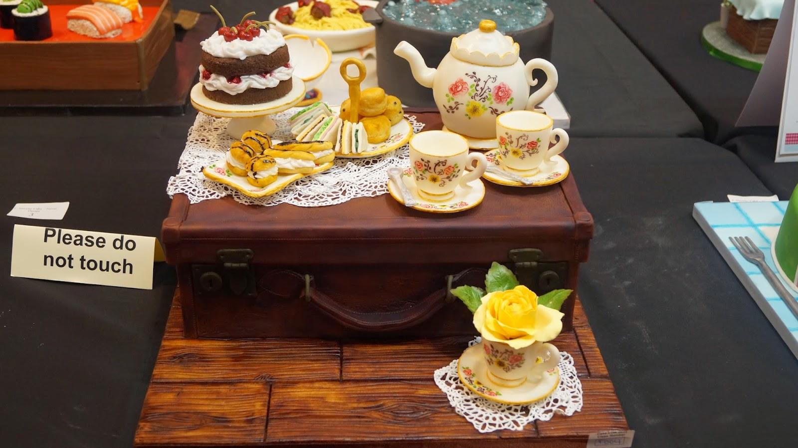 http://cupcakeluvs.blogspot.dk/2015/04/london-1-cake-international-show-2015.html