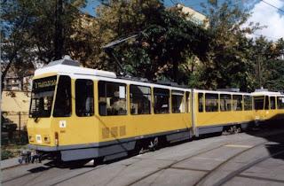 """#Straßenbahn +<span class=""""hashtag""""> #<a href=""""https://archiv.berliner-verkehr.de?s=%23Straßenverkehr:"""">Straßenverkehr:</a></span> Gleisbauarbeiten Pappelallee"""