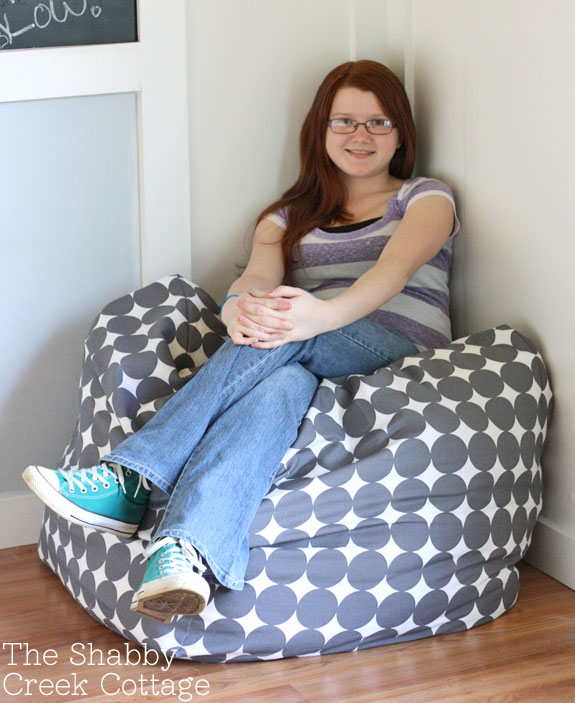 floor pouf tutorial, square floor pillow, sewing tutorial, free tutorial, west elm knock off