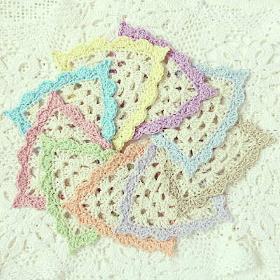 ByHaafner, crochet, garland, bunting, coasters, crocheted triangles, pastel, white, doily, give away