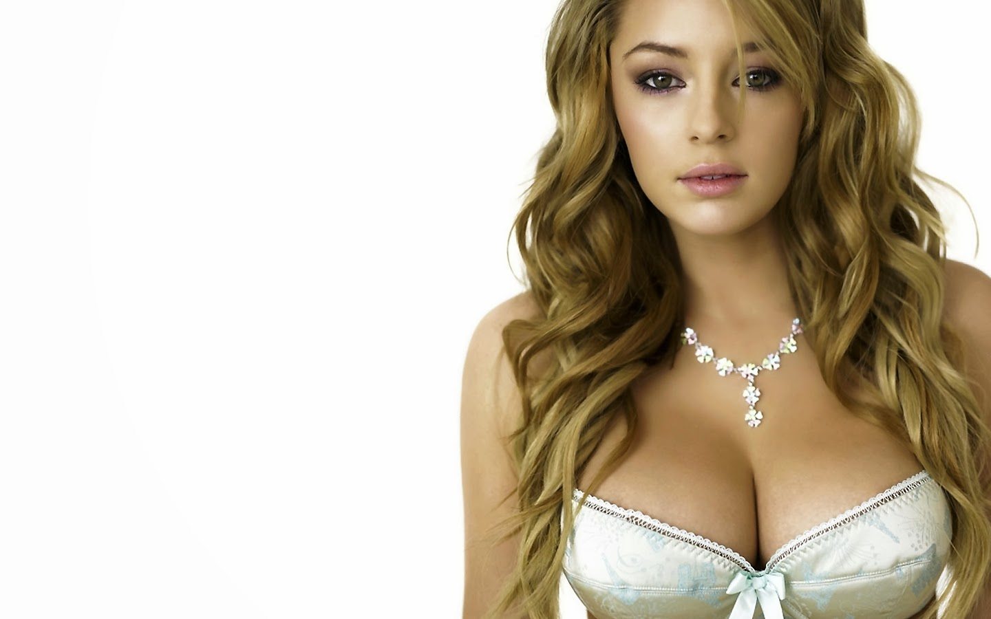 Keeley Hazell HD Wallpapers Free Download