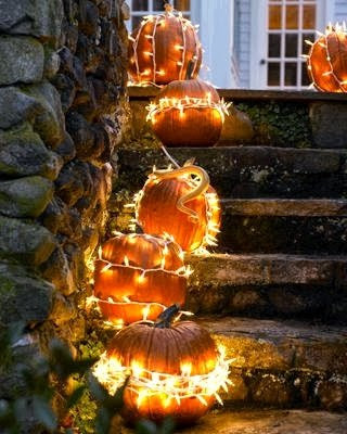 Dishfunctional Designs: Autumn At Your Doorstep: Decorating