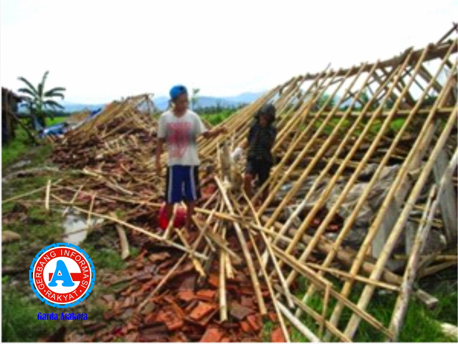 Angin Puting Beliung Terjang Wilayah Bolo