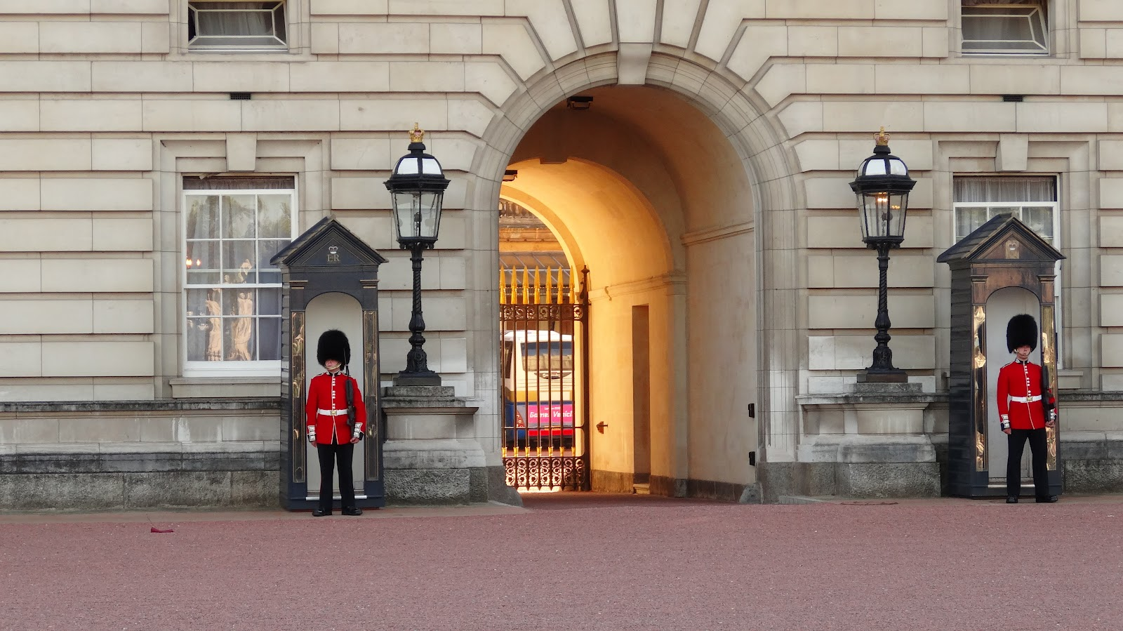 What are the British palace guards called?