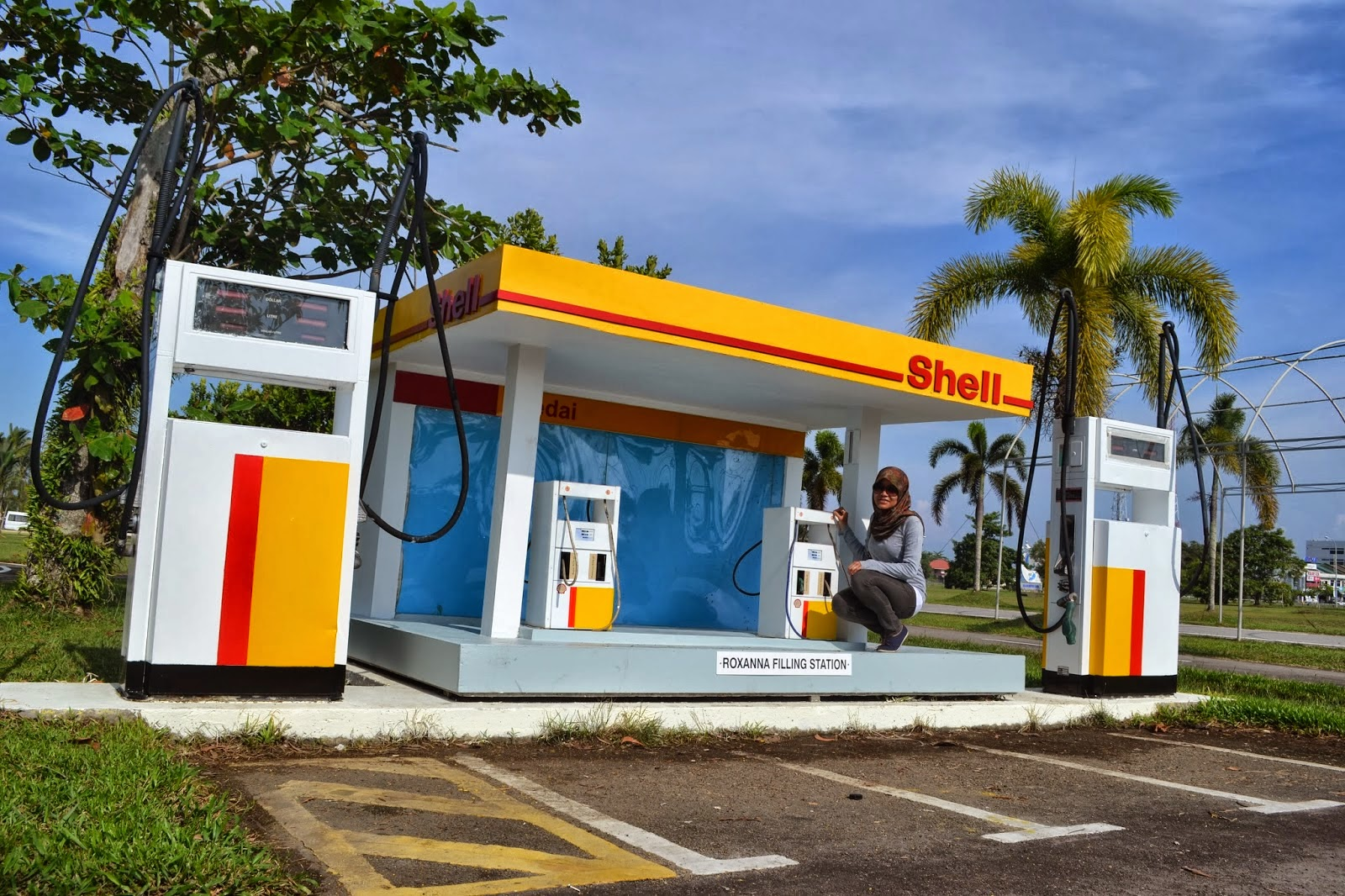 Shell - first oil company in Brunei