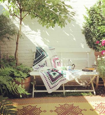 ByHaafner, crochet, blanket, granny square, patio