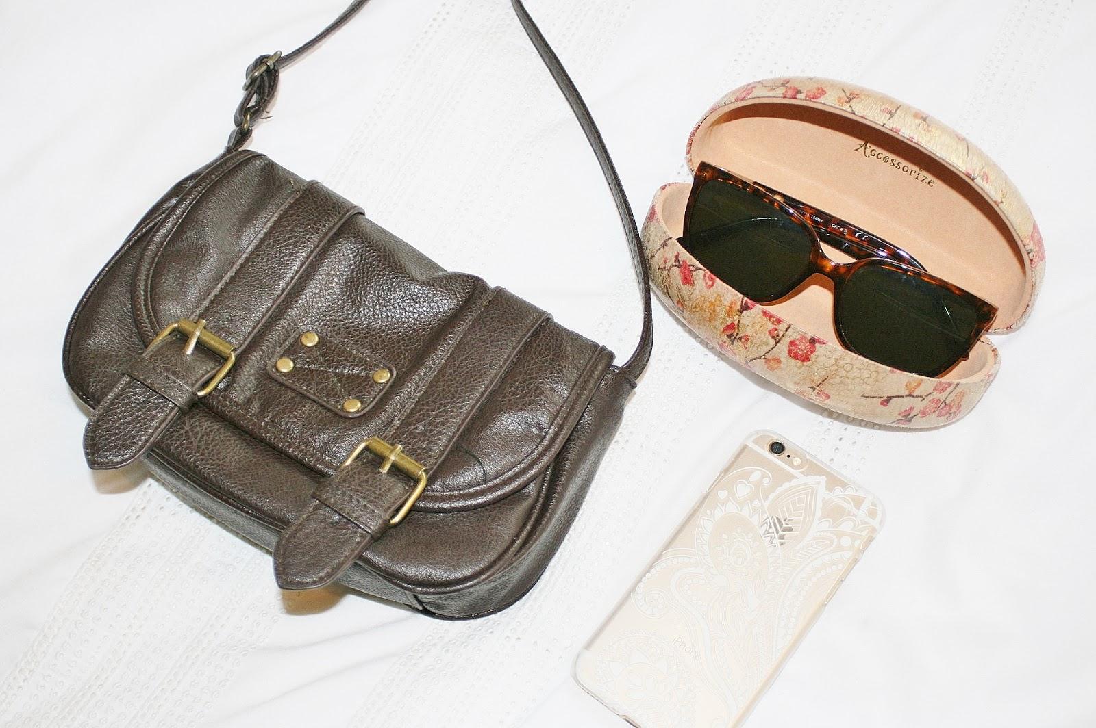Katherine Penney Chic Pretty accessories sunglasses handbag phone satchel
