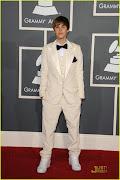 Justin Bieber Grammy Awards 2011 Red Carpet PHOTOS (justin bieber grammy awards )