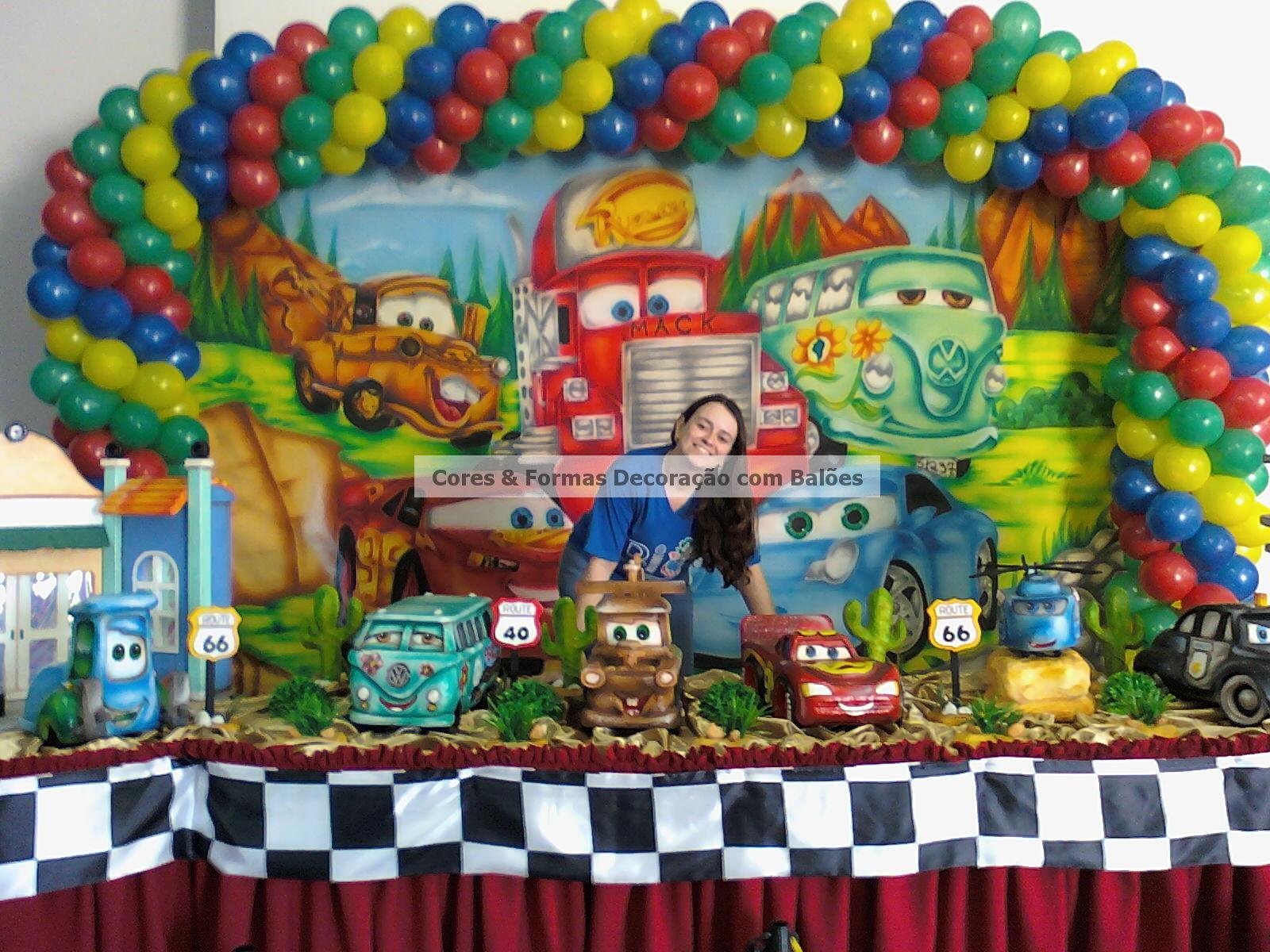 Cores & Formas Aniversário com o tema Carros  Aniversariante Bruno
