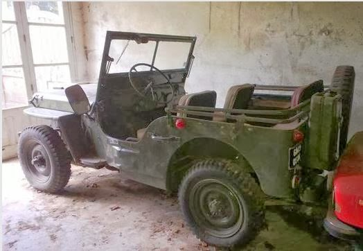souvenez vous 44 jeep willys a vendre aux encheres le 1er fevrier 2014. Black Bedroom Furniture Sets. Home Design Ideas