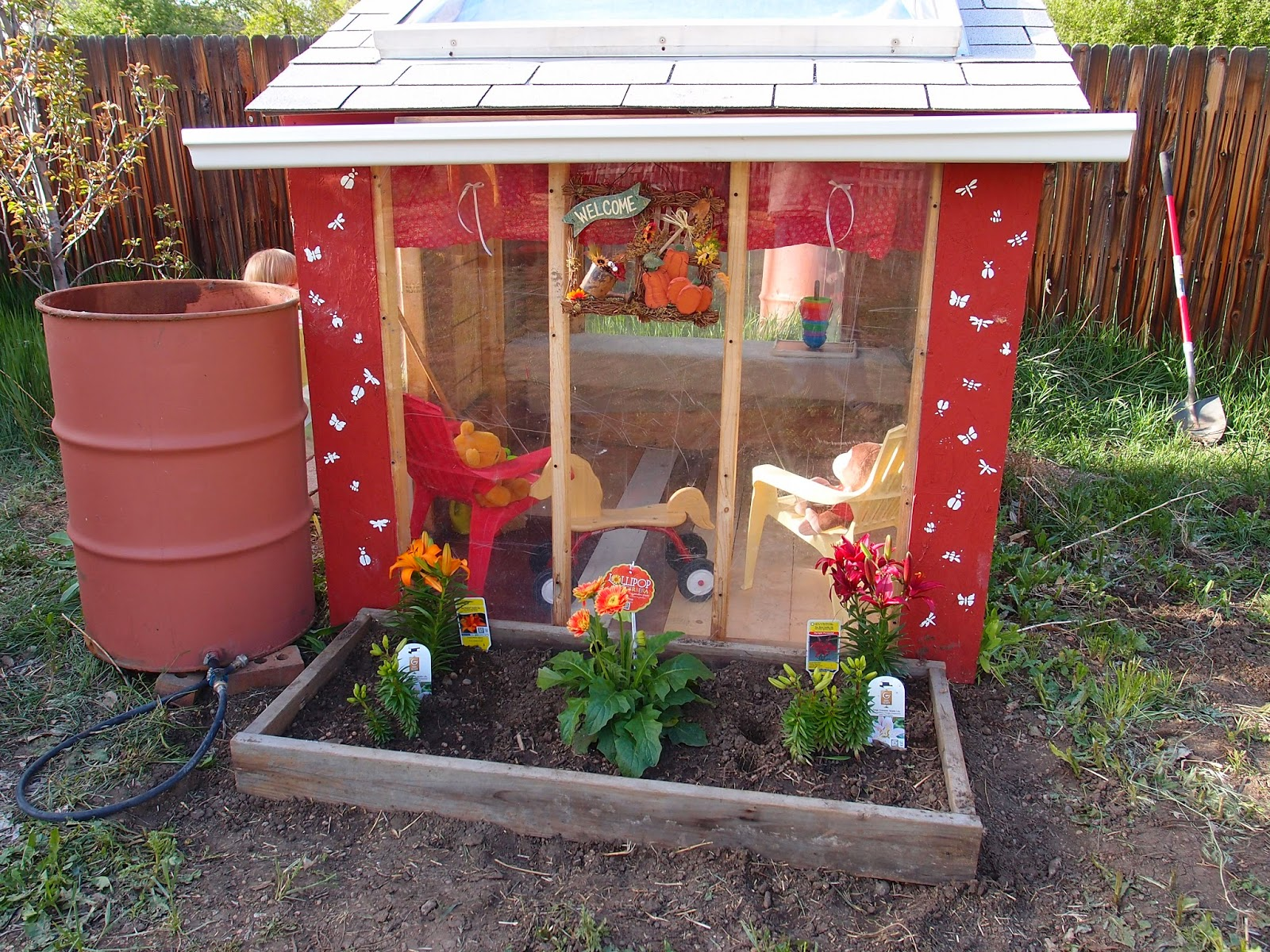 the treehouser converting a chicken coop into a playhouse
