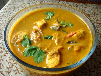 BEST FOOD RECIPES IN SRI LANKA: White Fish Curry with King Fish