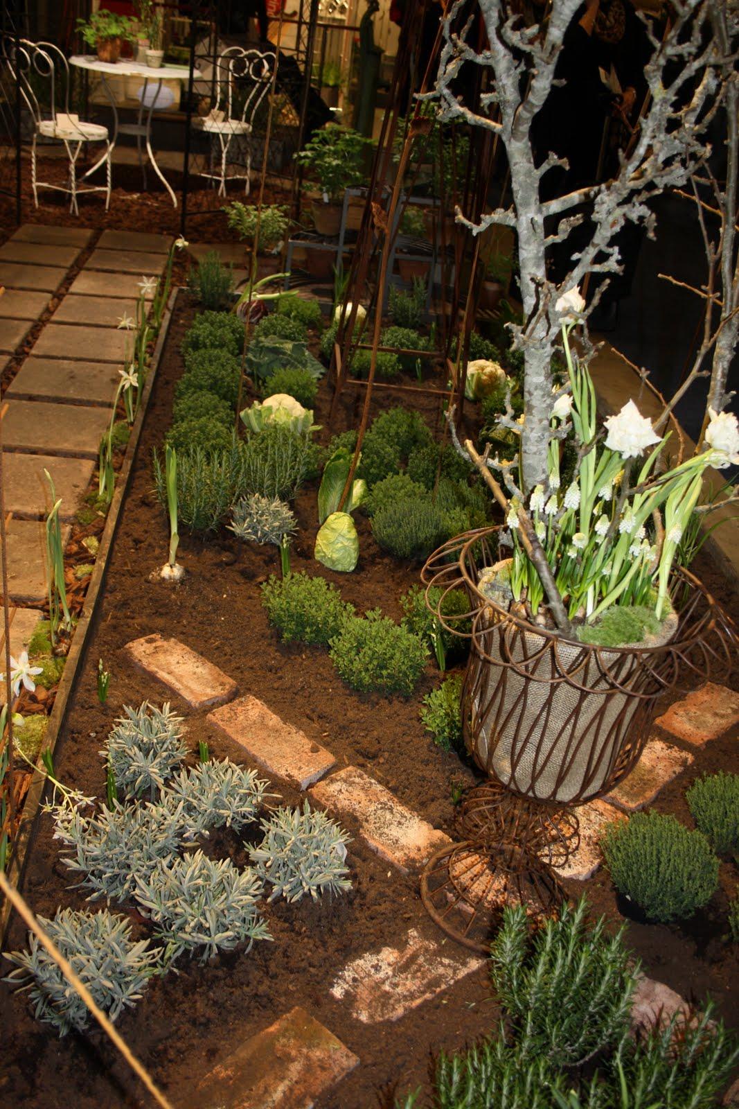 Njut i din trädgård: rum & trädgård   trädgårdsmässan i kista