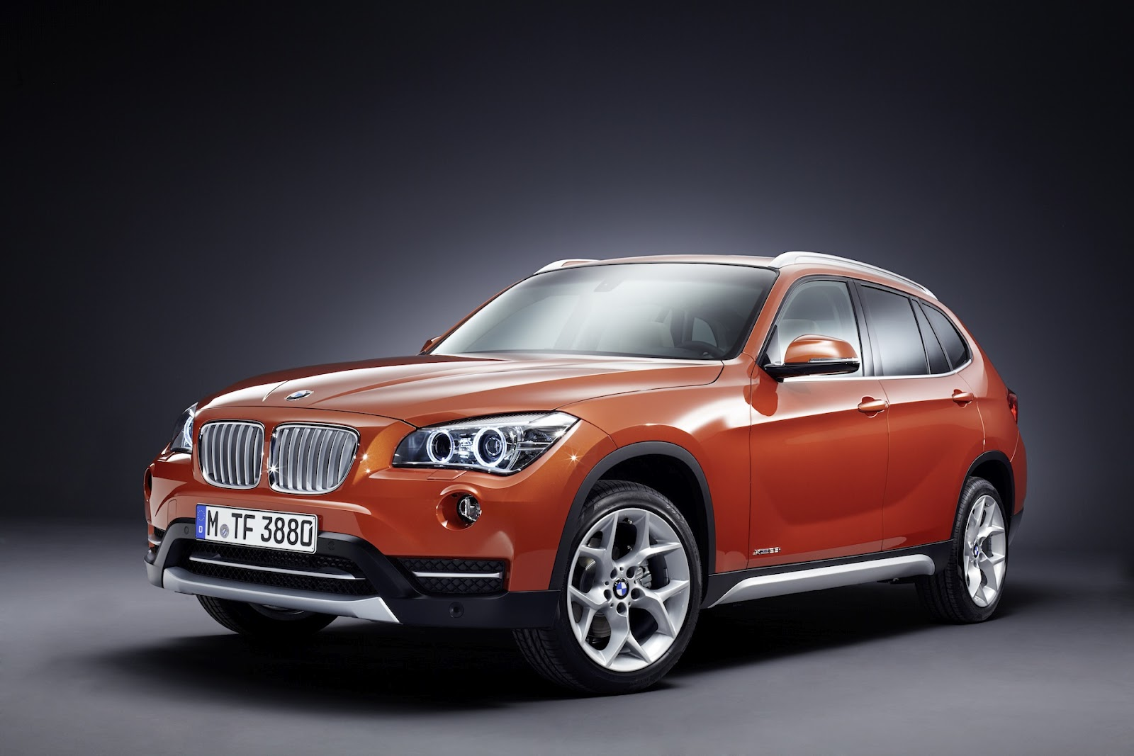 town country bmw mini markham blog 2013 bmw x1 lci facelift. Black Bedroom Furniture Sets. Home Design Ideas