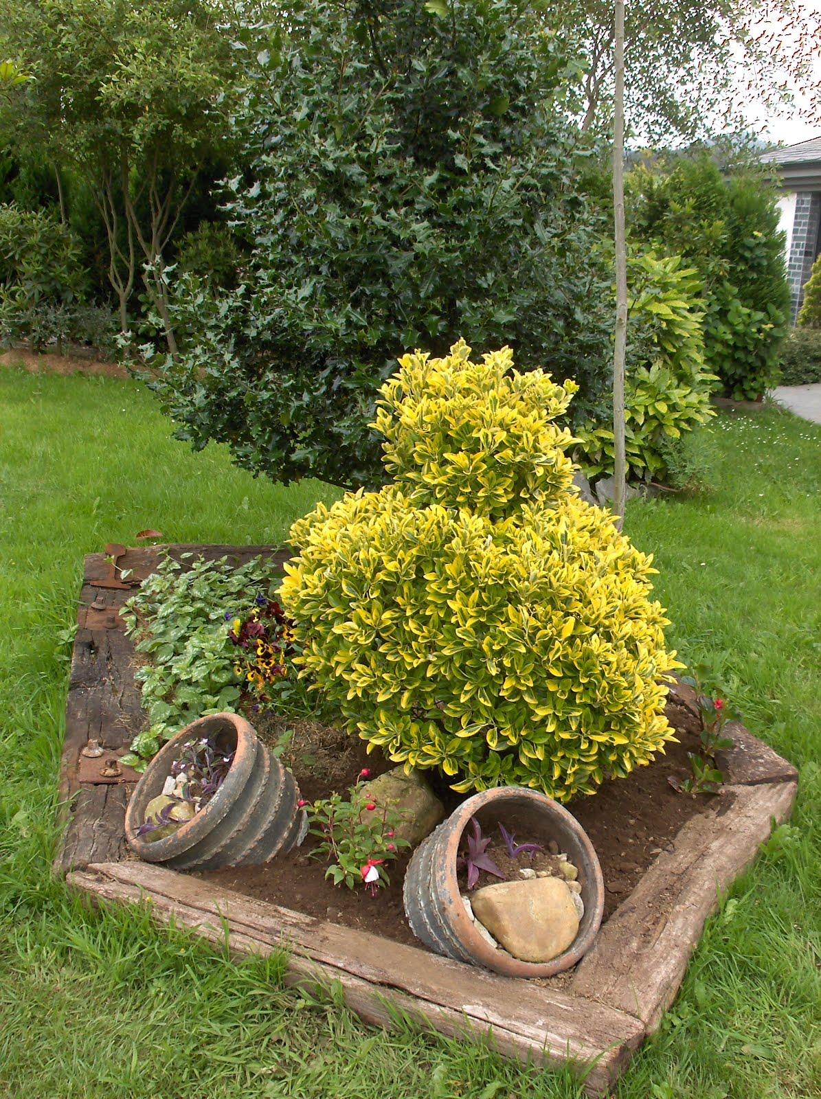 Aprendiz 2 grandes macetas de barro rescatadas y - Jardines en macetas ...