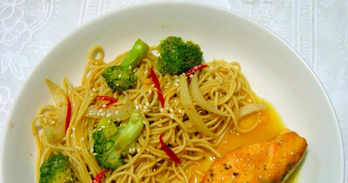 Peng's Kitchen: Orange & Soy Glazed Salmon with Light ...