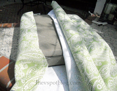 How to temporarily recover couch cushions