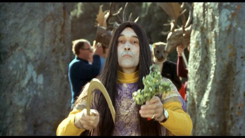 The-Wicker-Man-1973-Lord-Summerisle-7.jp