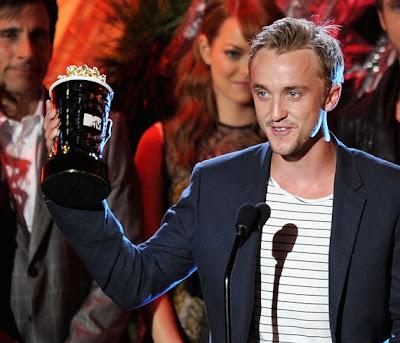 tom felton and emma watson 2011. Red tom felton 2011 mtv movie awards. tom felton and emma watson mtv