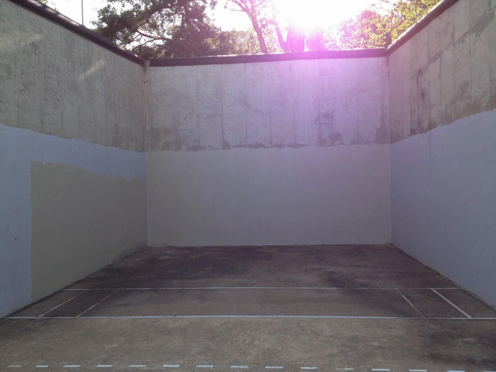 Outdoor squash court