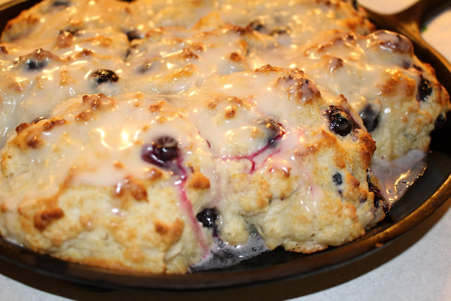 how to make blueberry biscuits