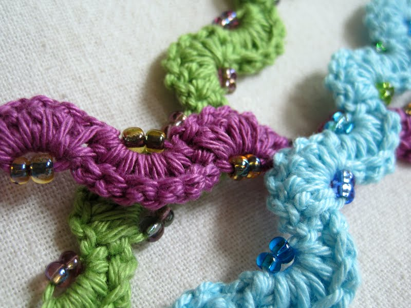 ... : Winding Lane Bracelet ~ Free Crochet Pattern with Video Tutorials