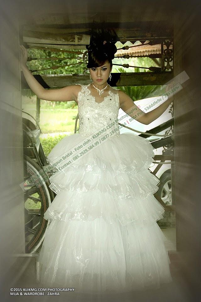 Gadis Model Bergaun Bridal Zahra - Klikmg Fotografer Jakarta