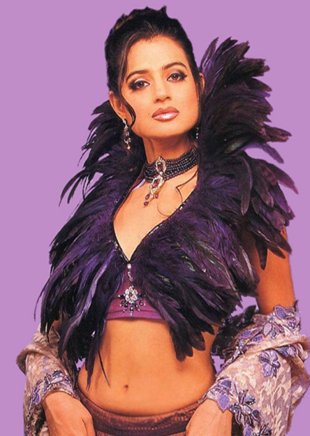 Amisha Patel Cool Hot Photos