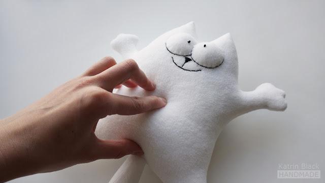 Как сделать мягкой игрушке пупок?