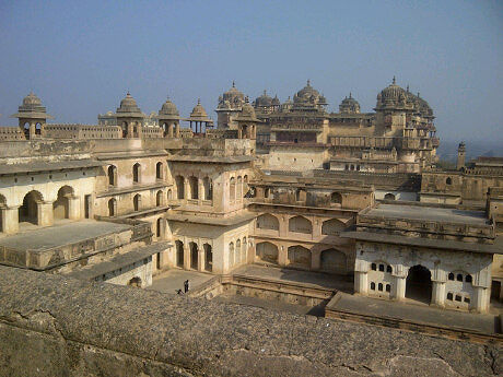 top and hd wallpapers of Jhansi Fort free download