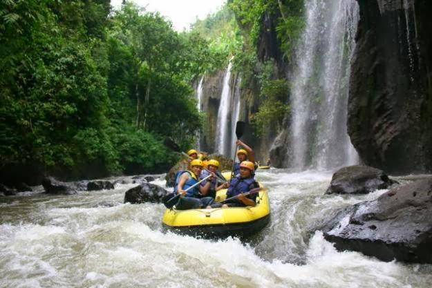 Tempat Rafting Terbaik di Indonesia