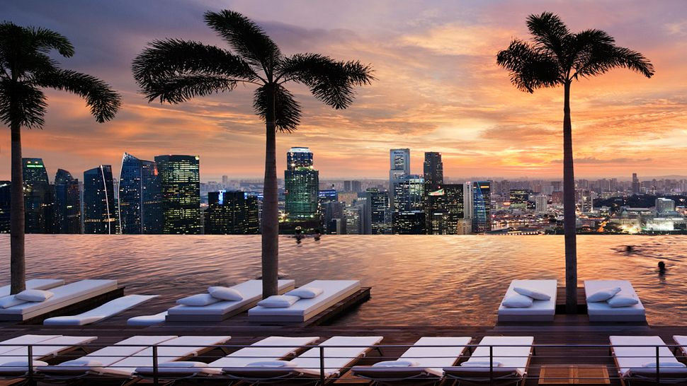 Passion for luxury marina bay sands hotel in singapore - Marina bay sands resort singapore swimming pool ...