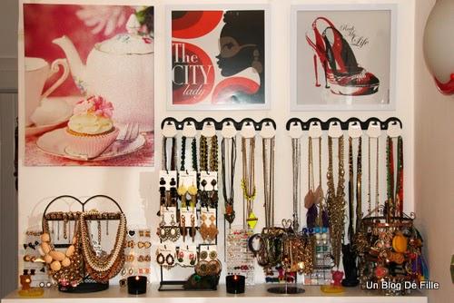 Un blog de fille diy comment ranger ses colliers m j rangement total de - Rangement bijoux diy ...