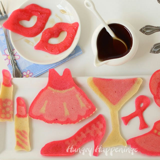 Pretty in Pink Pancakes | HungryHappenings.com