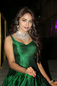 actress Jiya glamorous photos-thumbnail-5