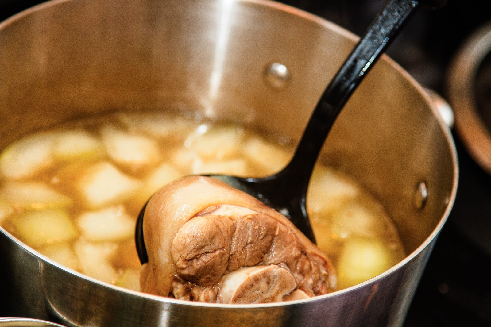 Pork feet stew recipe