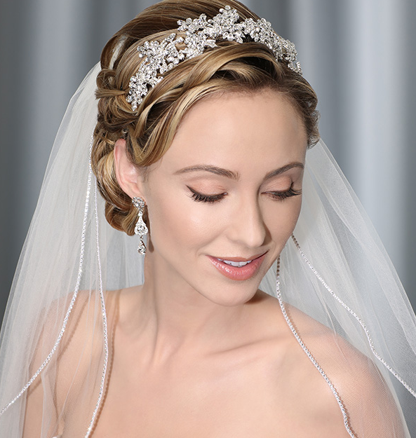 Bella mera bridal boutique bel aire bridal weddings veil for Bel aire bridal jewelry