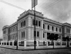 Instituto de Educação do Paraná Professor Erasmo Pilotto