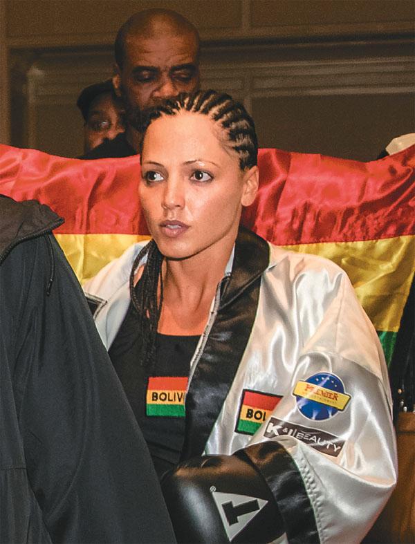 JENNIFER SALINAS Apuesta por ganar | Boxeo la ultima pasión