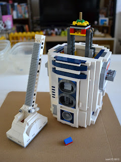 lego r2d2 - r2's third leg... make your own jokes