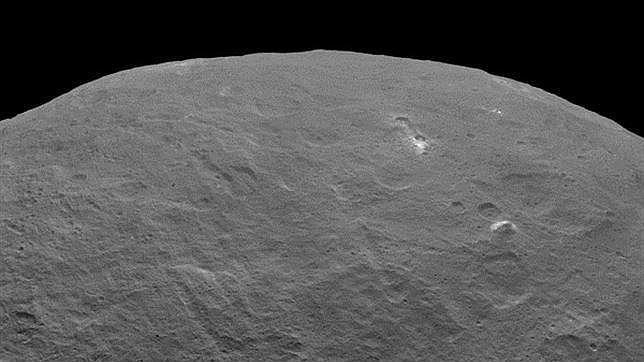 La NASA fotografía otra pirámide en CERES