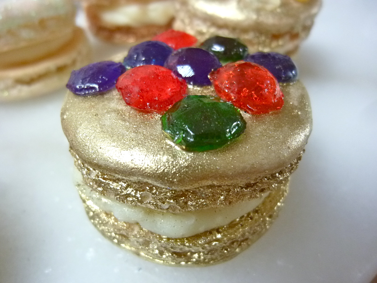 Diary of a Mad Hausfrau: Jeweled French Macarons for Mactweet's ...