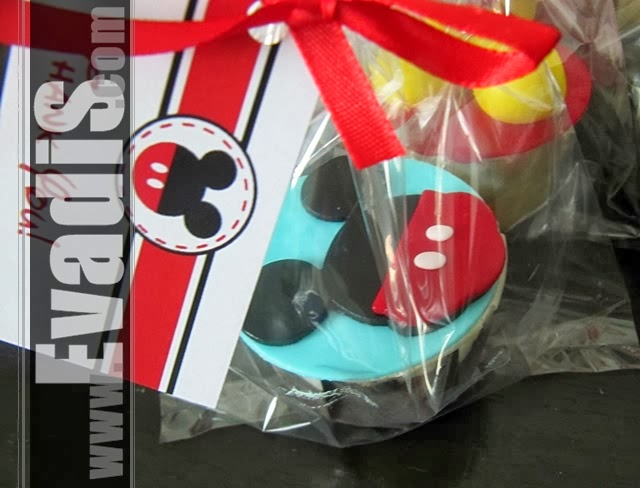 Picture of cupcakes for Mickey Mouse Cowboy theme