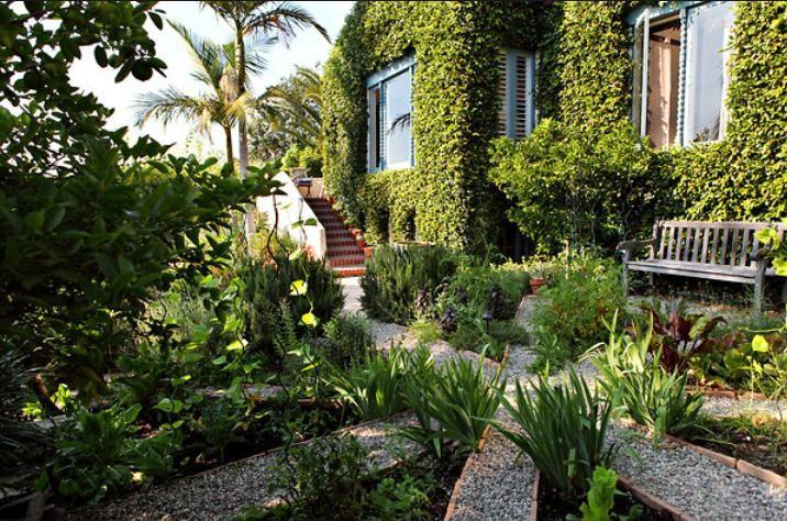 wade grahams california garden - California Garden