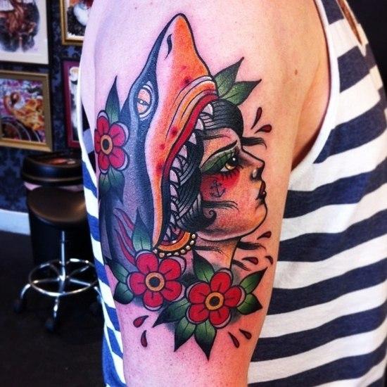 Tatuaje de Tiburón Old School