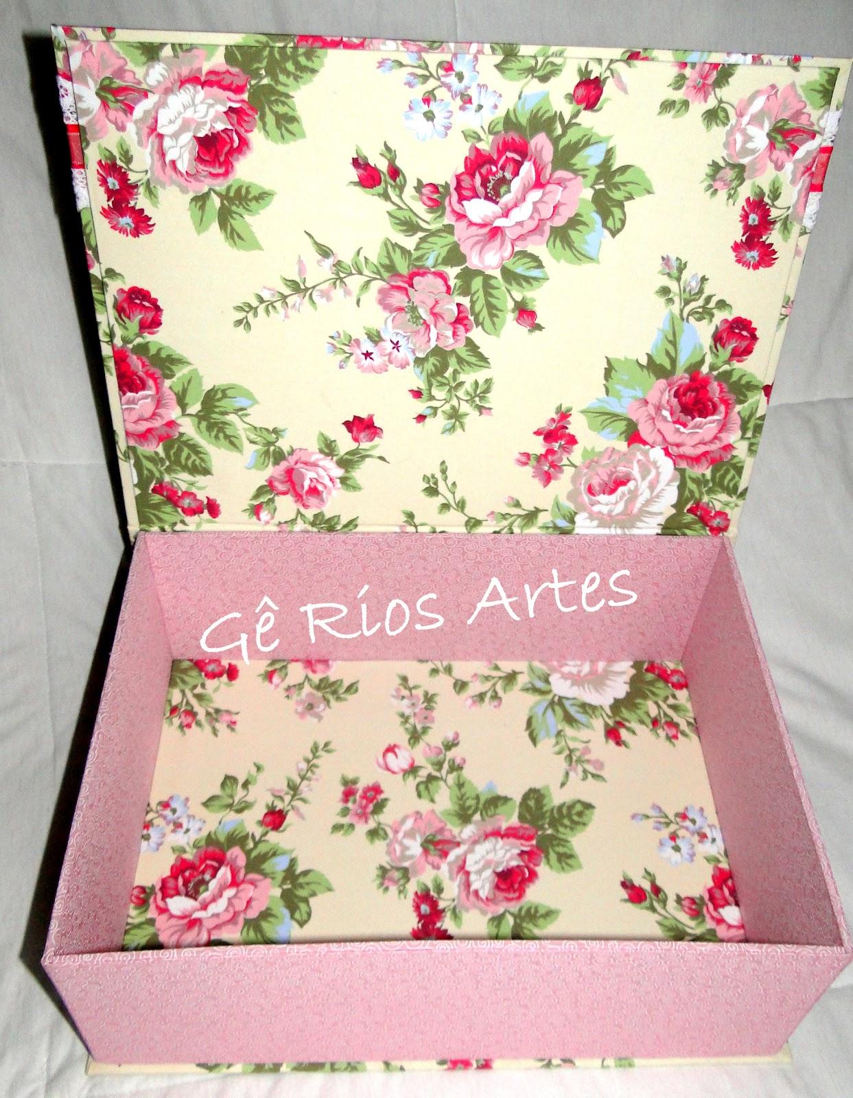 Gê Rios Artes Artesanato em tecido madeira e cartonagem: Caixa em  #B81338 1243x1600