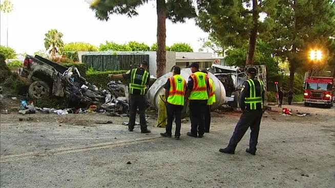 Crushed car, Loma Vista, Beverly Hills, Mary Cummins, Animal Advocates