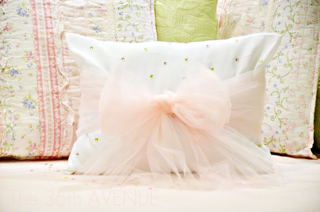 charming pillows for wedding and decoration: the wishing pillow tutorial