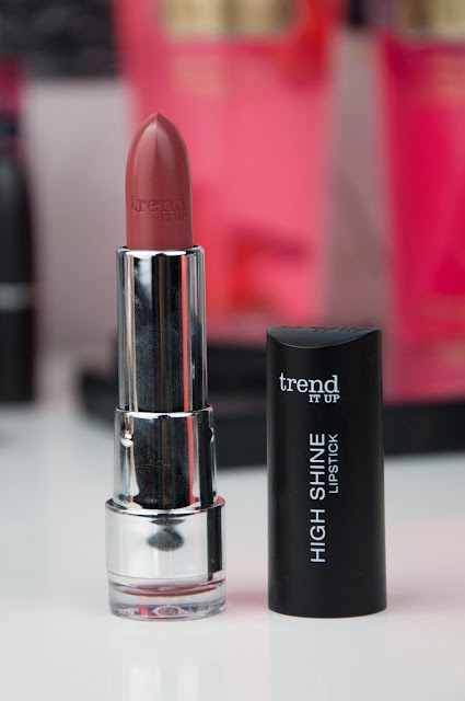 trend IT UP - High Shine Lipstick 090