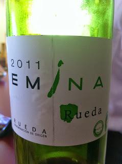 emina-2011-rueda-blanco